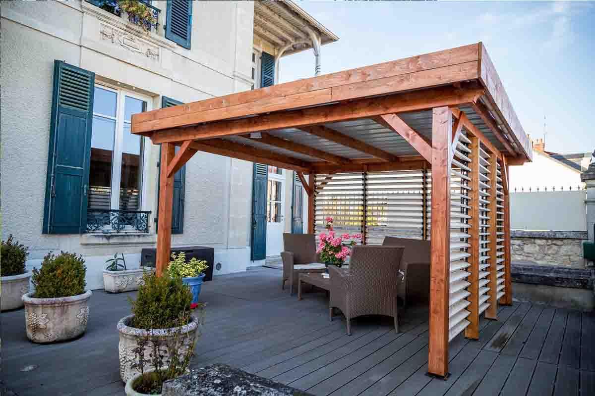 carport bois excellente finition avec ventelles r glables foresta une r ponse tr s compl te. Black Bedroom Furniture Sets. Home Design Ideas